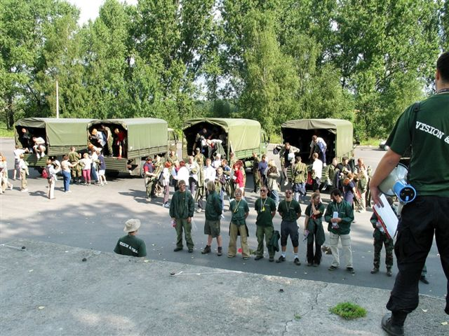 Wojskowa odprawa przed imprezą integracyjną